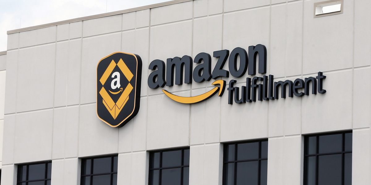 Amazon plans nationwide job fairs to hire 30,000; UPS to hire 100,000 for holidays