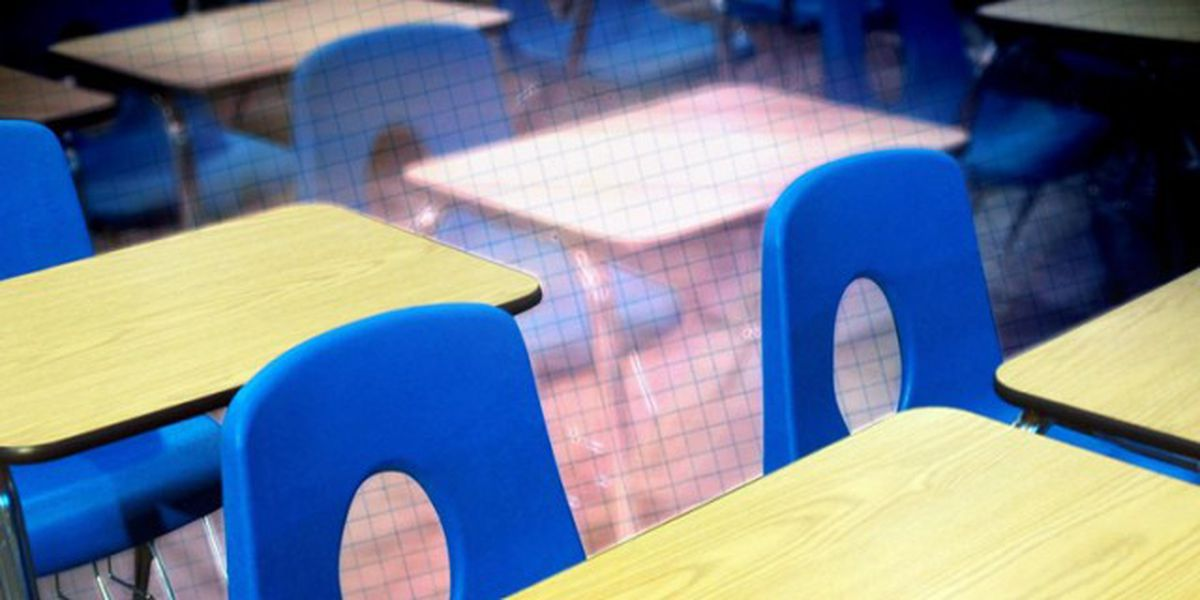 Palm Beach County discusses reopening schools in August