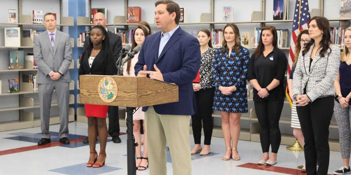 Gov. DeSantis announces plan to give Florida teachers $422 million in bonuses