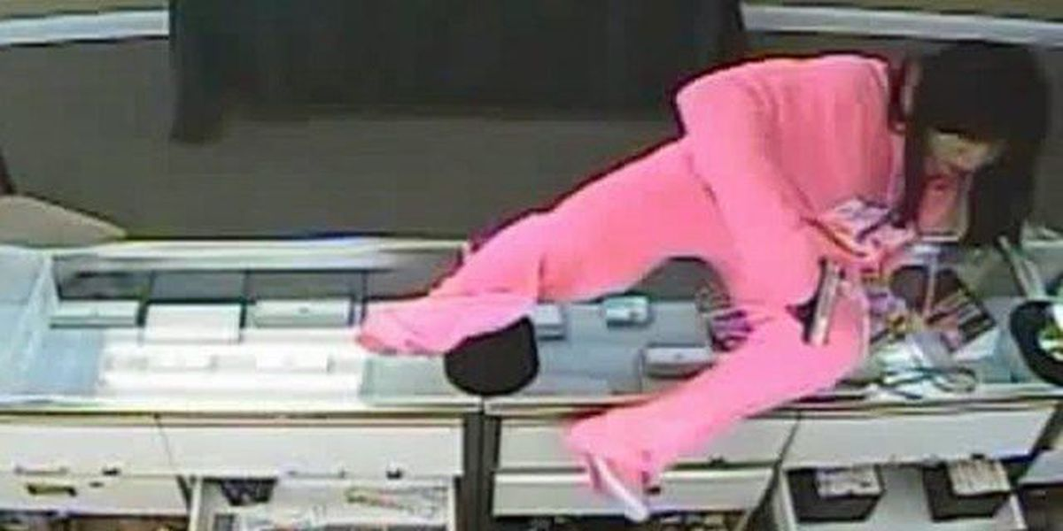 Man kidnaps family after jewelry store robbery