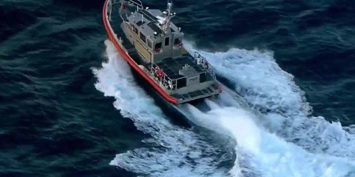 Search for boaters off Lake Worth suspended