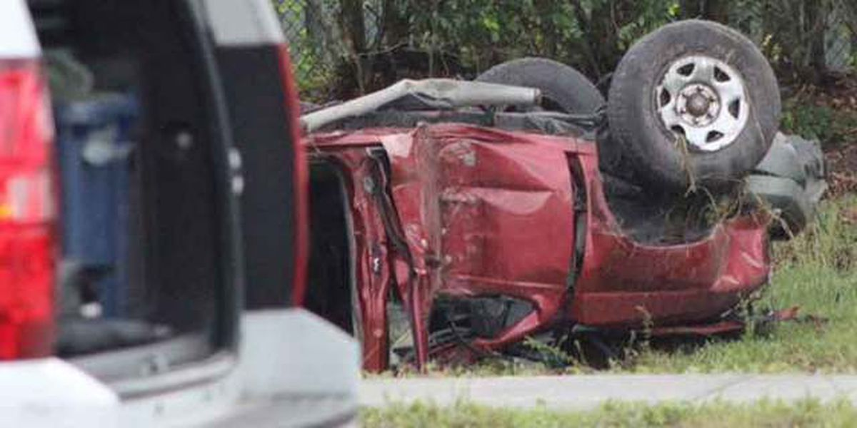 Driver killed in rollover crash on Summit Boulevard