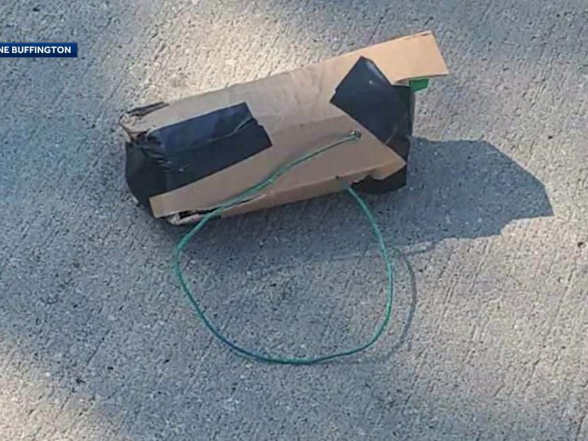 Playing child, 8, finds explosive device on Iowa street