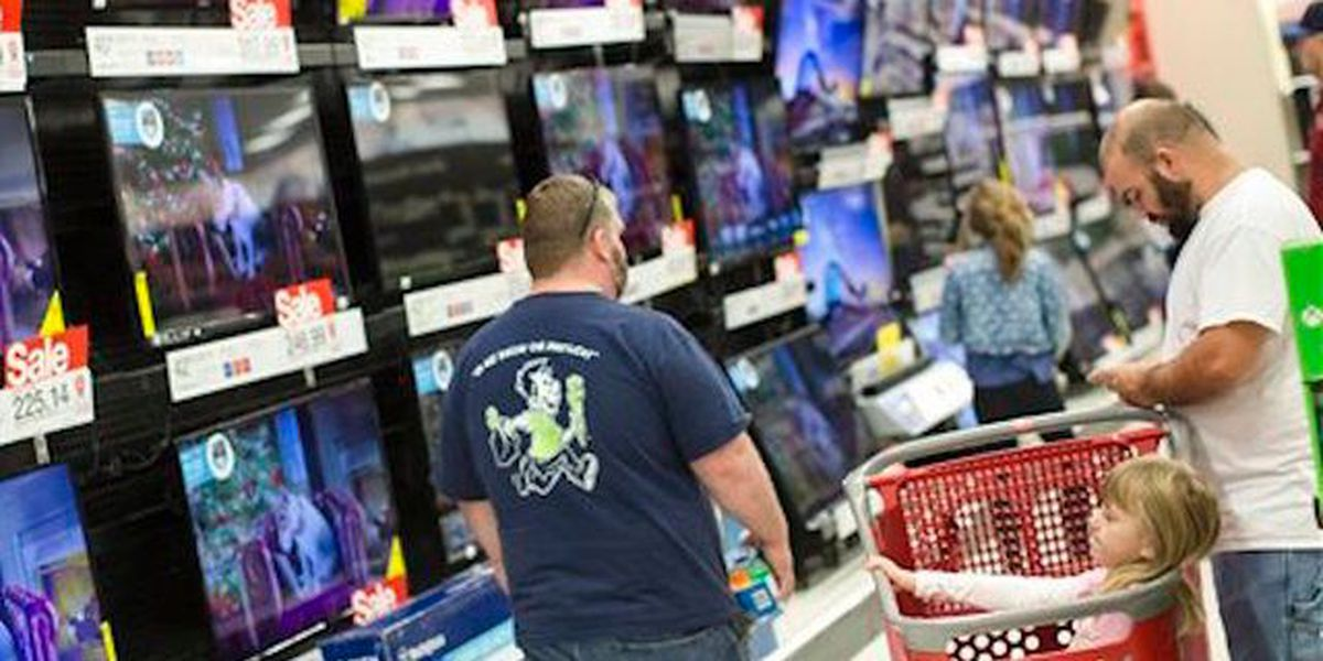 US consumer spending up modestly in February