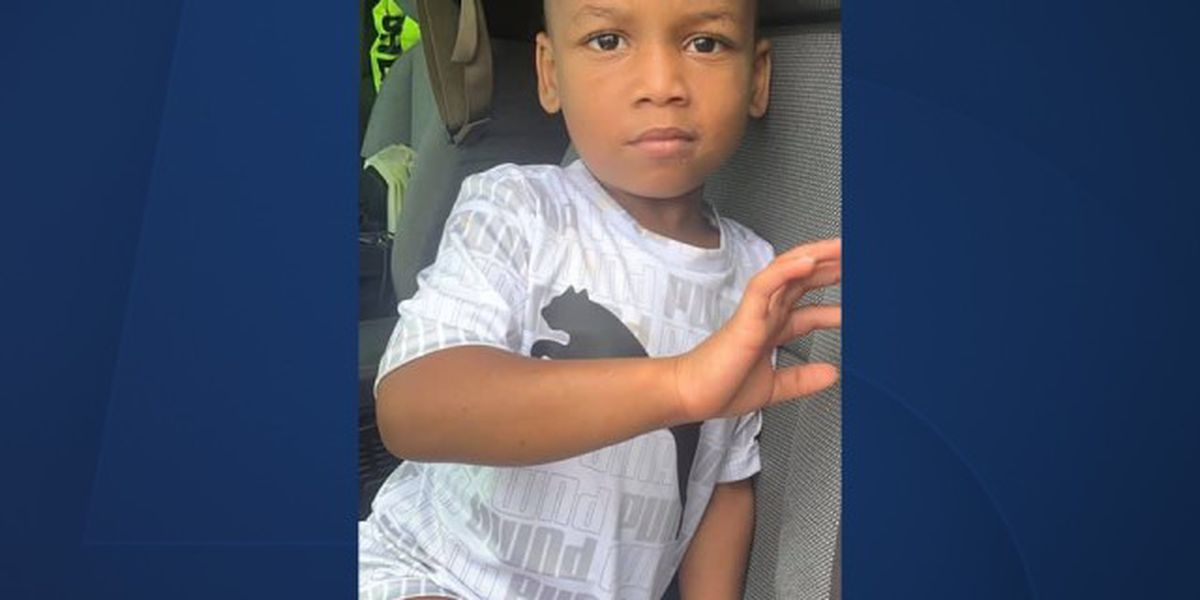 Parents of wandering 3-year-old child located, PBSO says