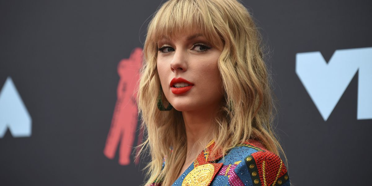 Taylor Swift banned from early music for AMAs performance, Netflix documentary