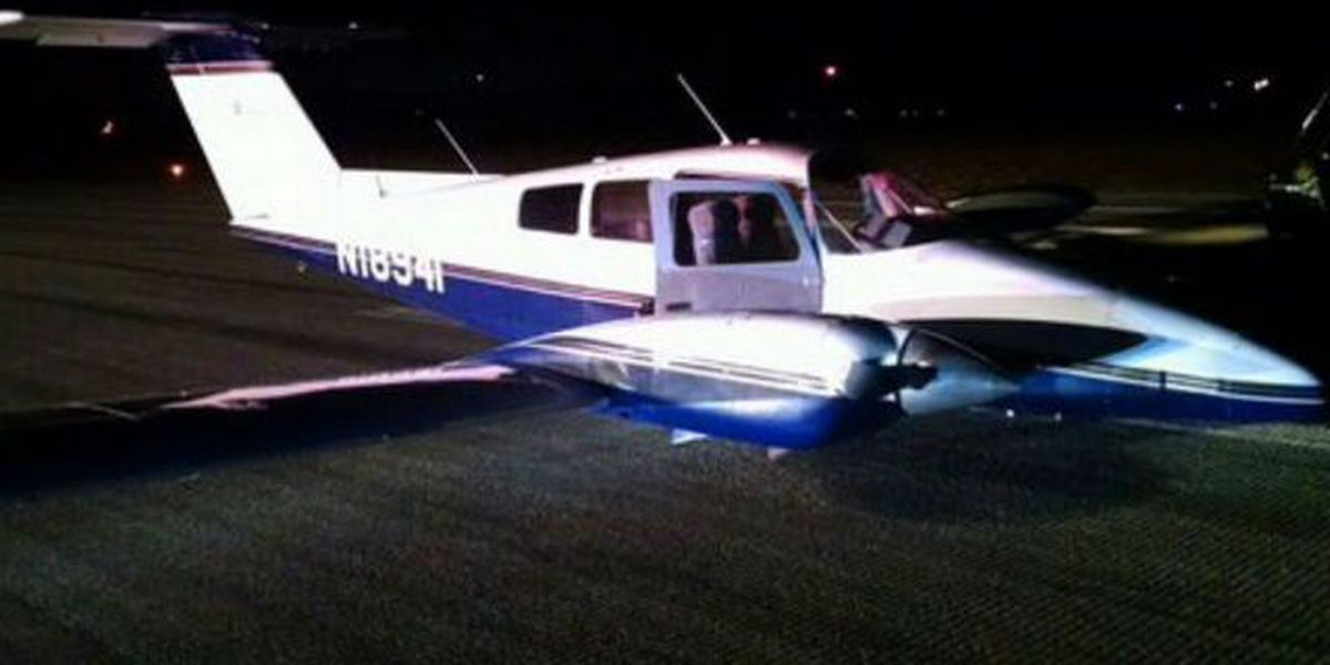 Twin-engine plane lands without gear at Witham Field Airport