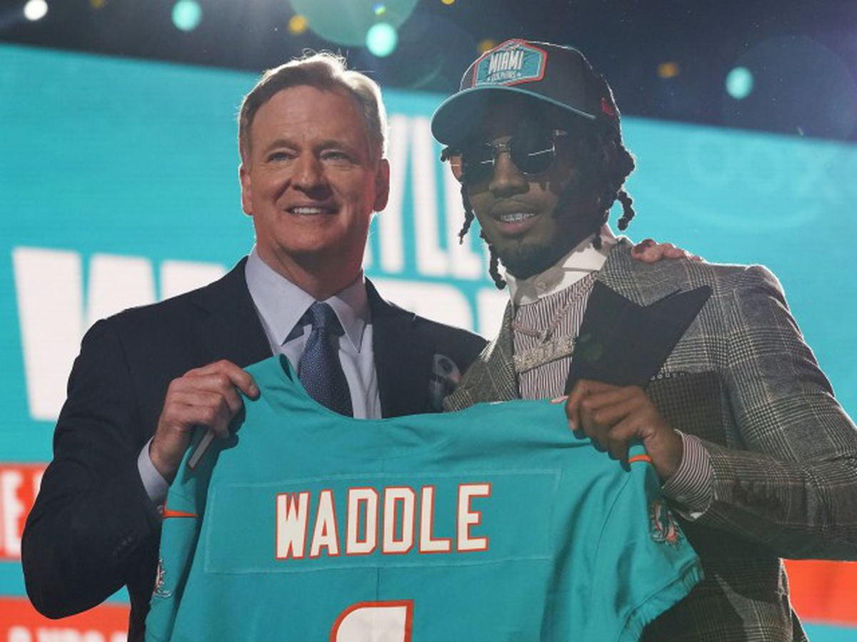 Alabama receiver heads to Dolphins at No. 6 overall