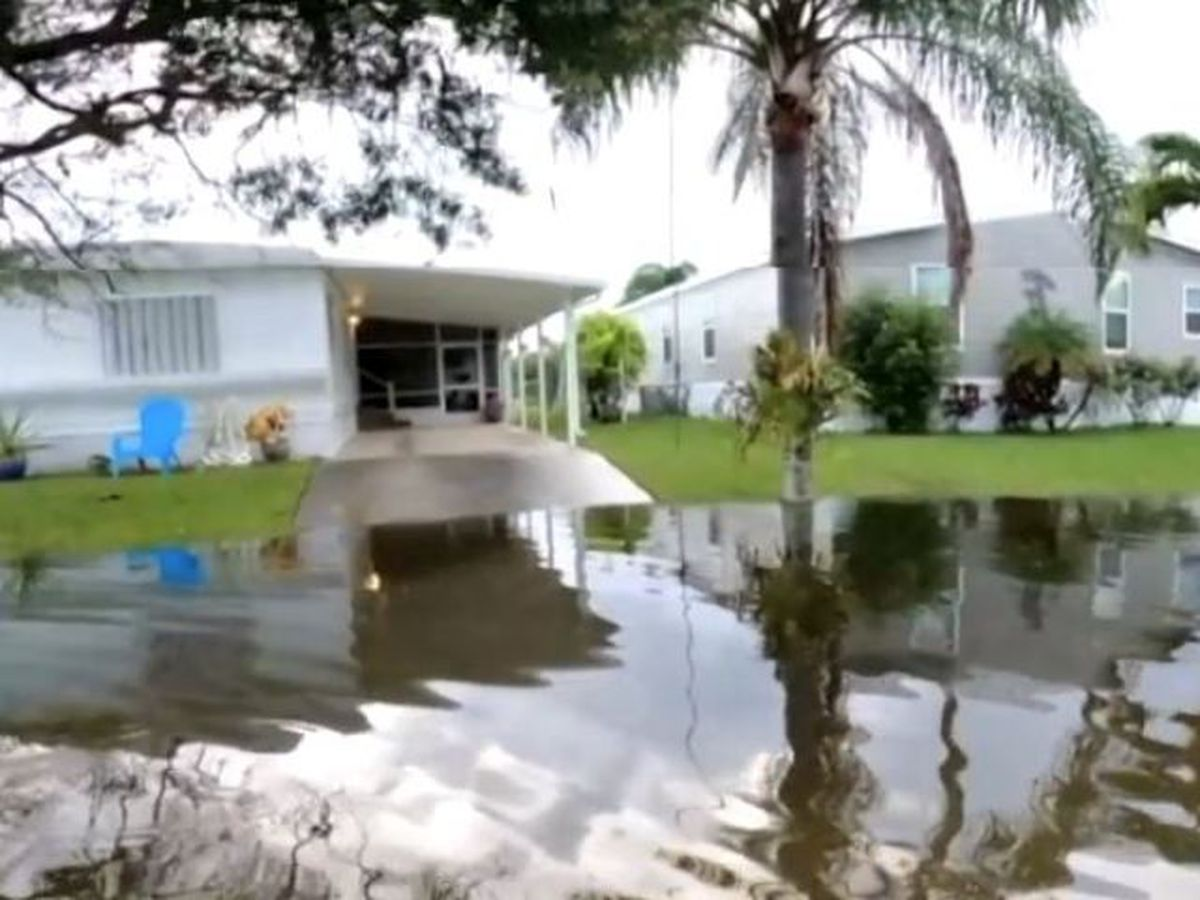 Hobe Heights residents still waiting for financial help after flooding