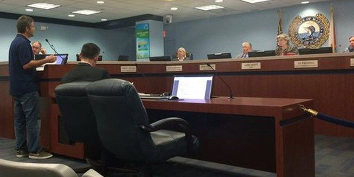 Martin County Commission holds off on banning alcohol on the beach, setting park hours