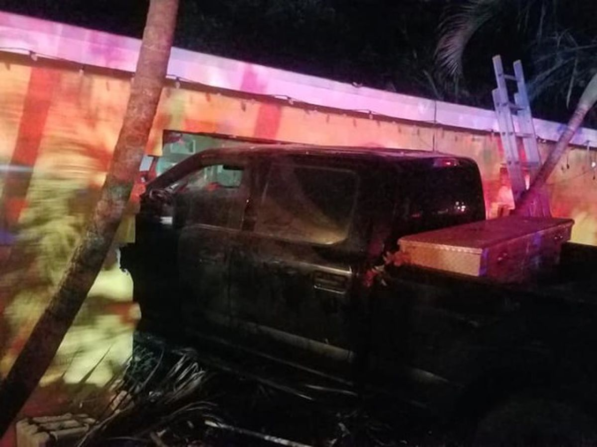 DUI suspect crashes into Vero Beach home