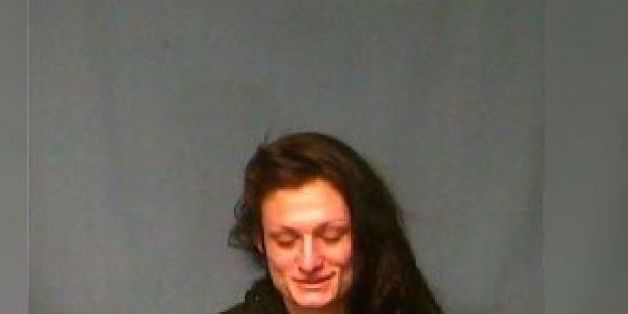 Woman arrested after calling 911 to ask for ride, deputies say