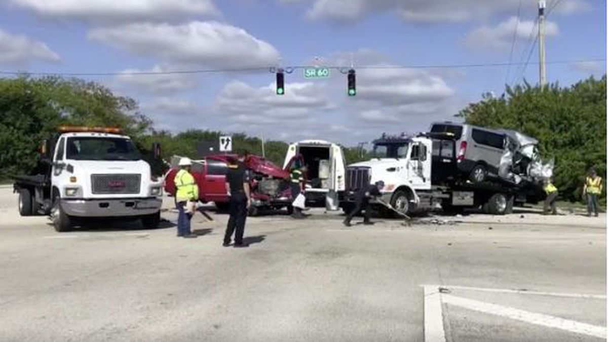 Vero Beach police release crash report that killed sophomore rower, injured 11