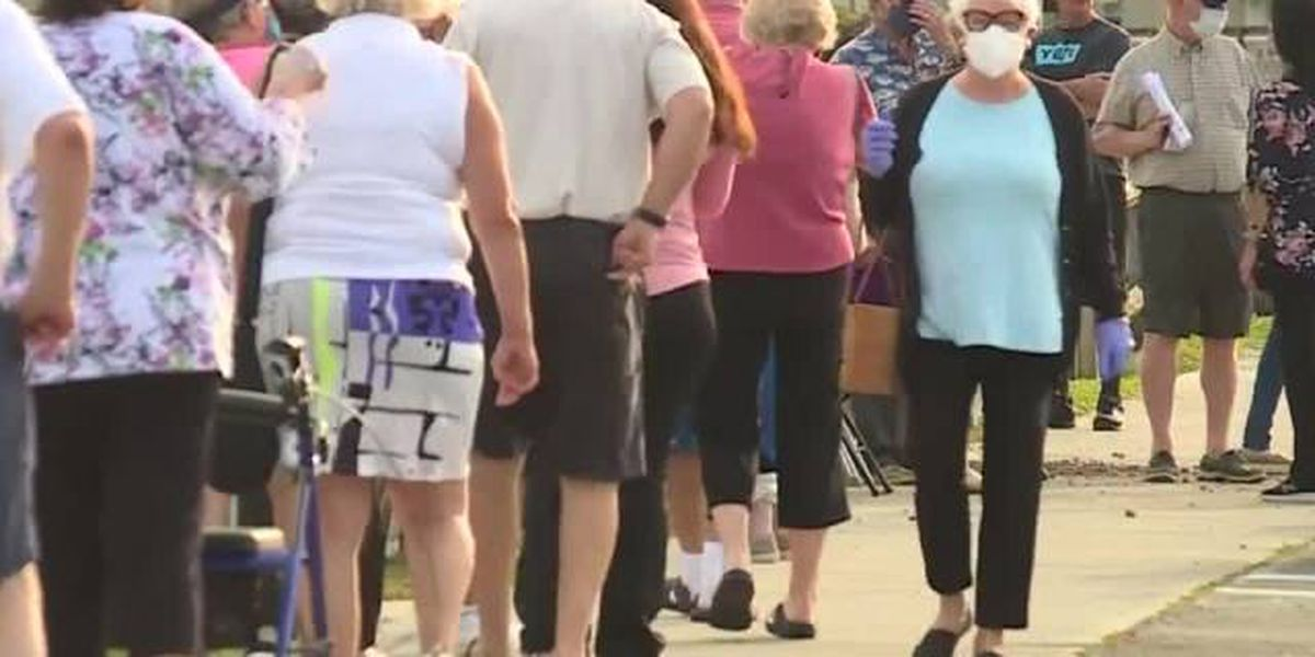 Long lines plague vaccinations in Palm Beach County