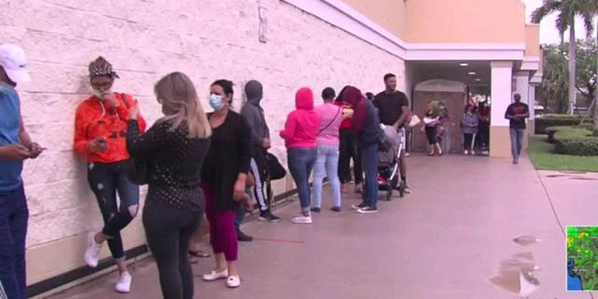 Shoppers hit the stores looking for Memorial Day deals