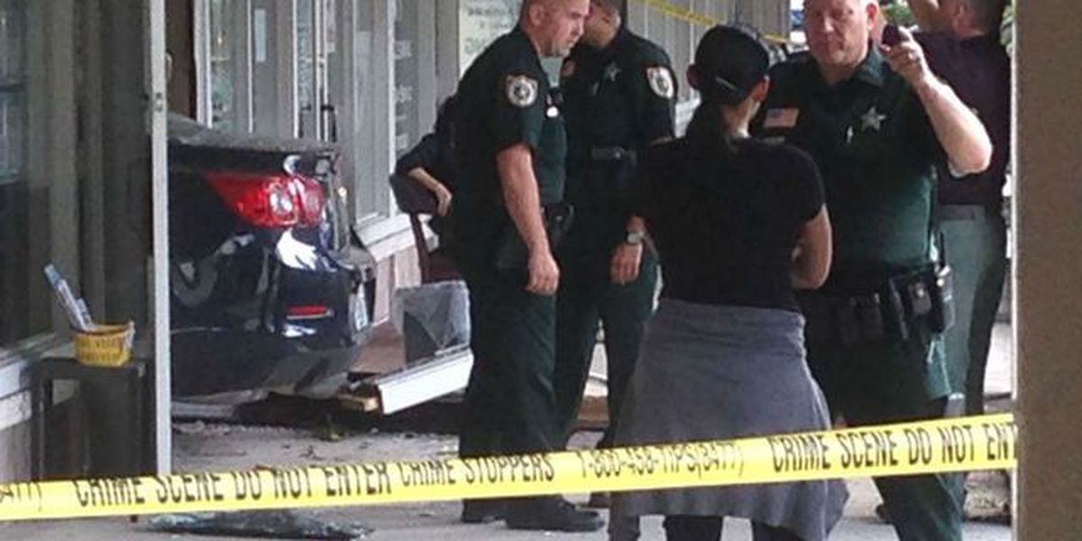 One injured after vehicle crashes into commercial building in Royal Palm Beach