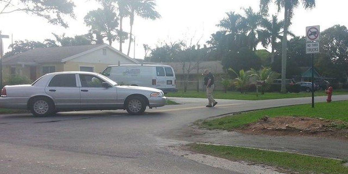 Hostages safe after holdup at Palm Springs store