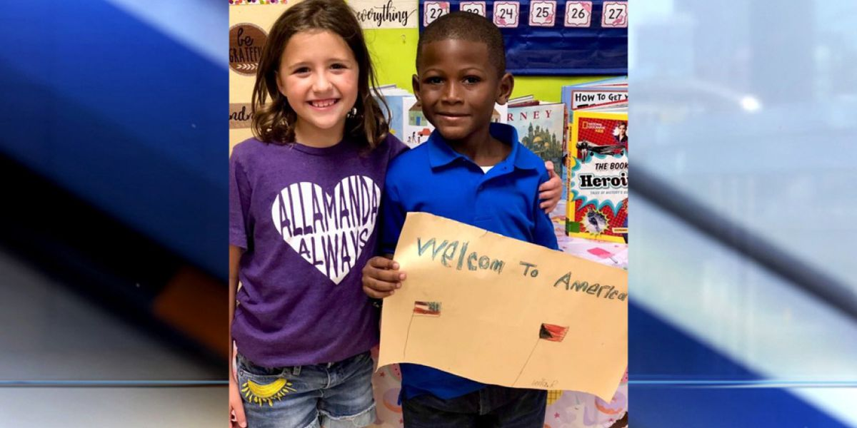 Palm Beach Gardens girl kindly welcomes Bahamian student with special sign