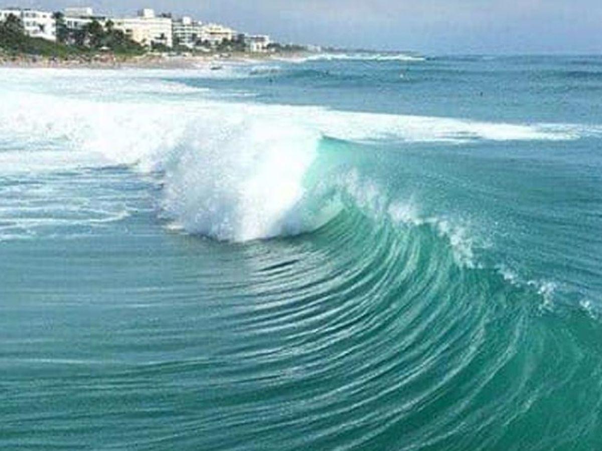 Rough surf closes Lake Worth Beach pier through Wednesday