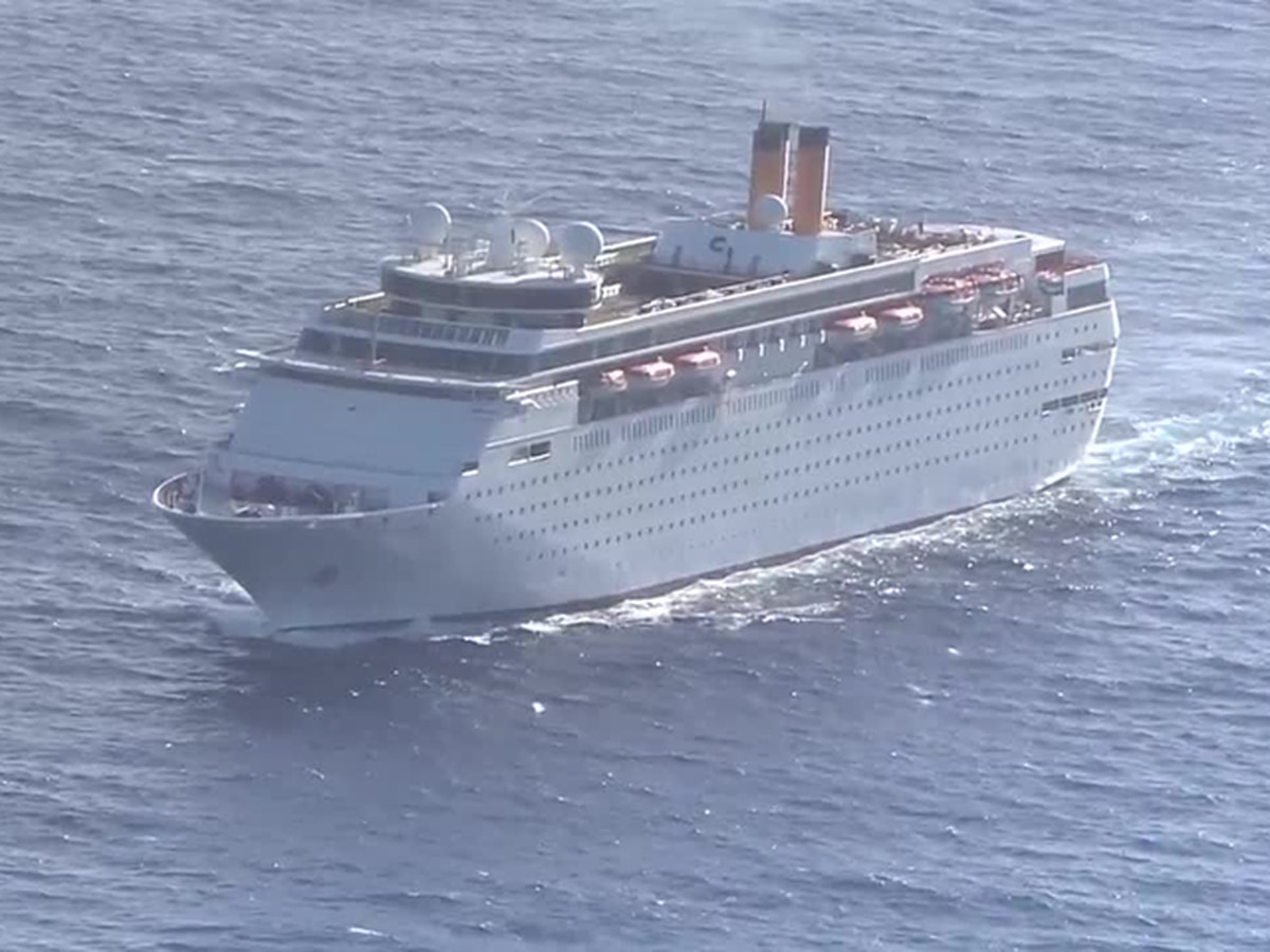 Man dies after being medevaced from cruise ship