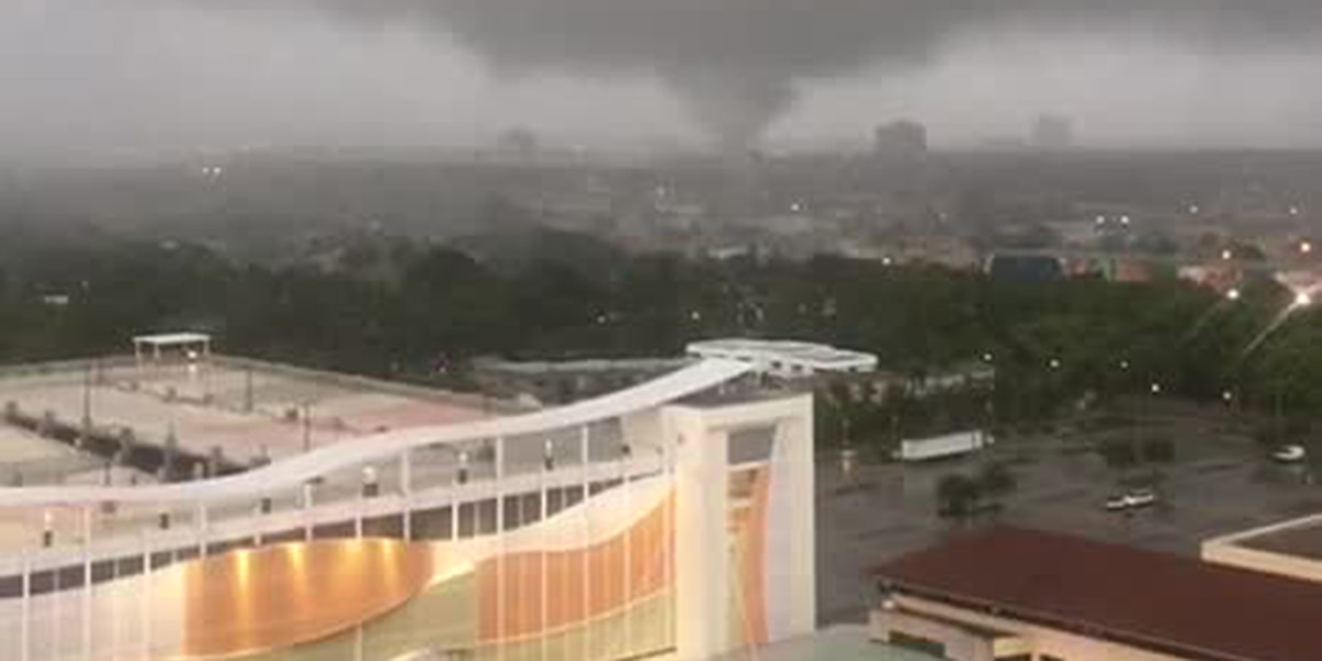 Funnel cloud sighted over West Palm Beach