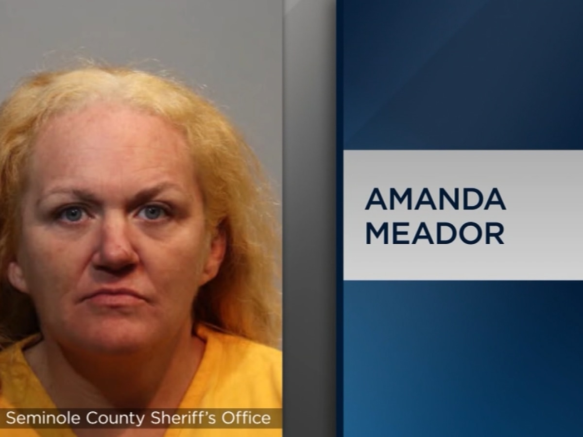 Florida woman drives getaway car for son after robbery