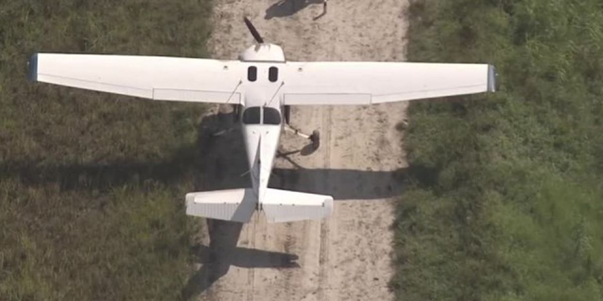 Small plane makes hard landing in Loxahatchee