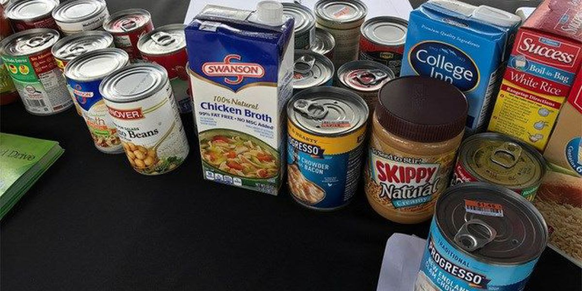 Delray police collecting items for Haiti relief