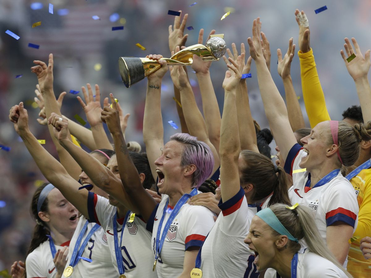 US wins 4th World Cup title, 2nd in a row, beats Dutch 2-0