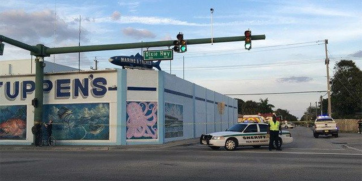 PBSO: Man harms himself while in back of patrol car