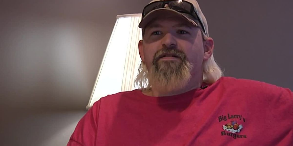 Because of government shutdown, man who wants to start new job is stuck in IRS limbo
