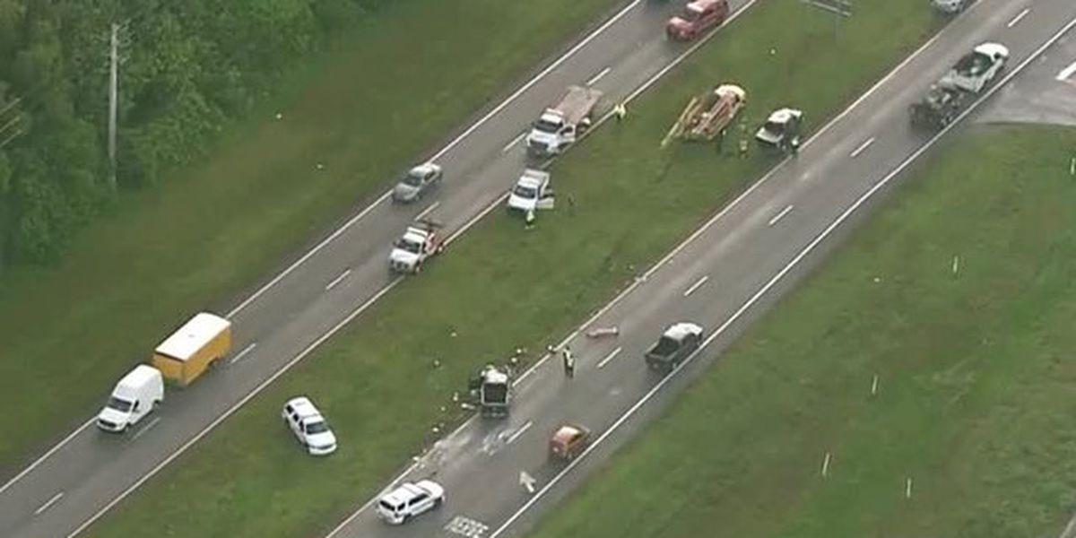 5 hurt in Beeline Highway crash