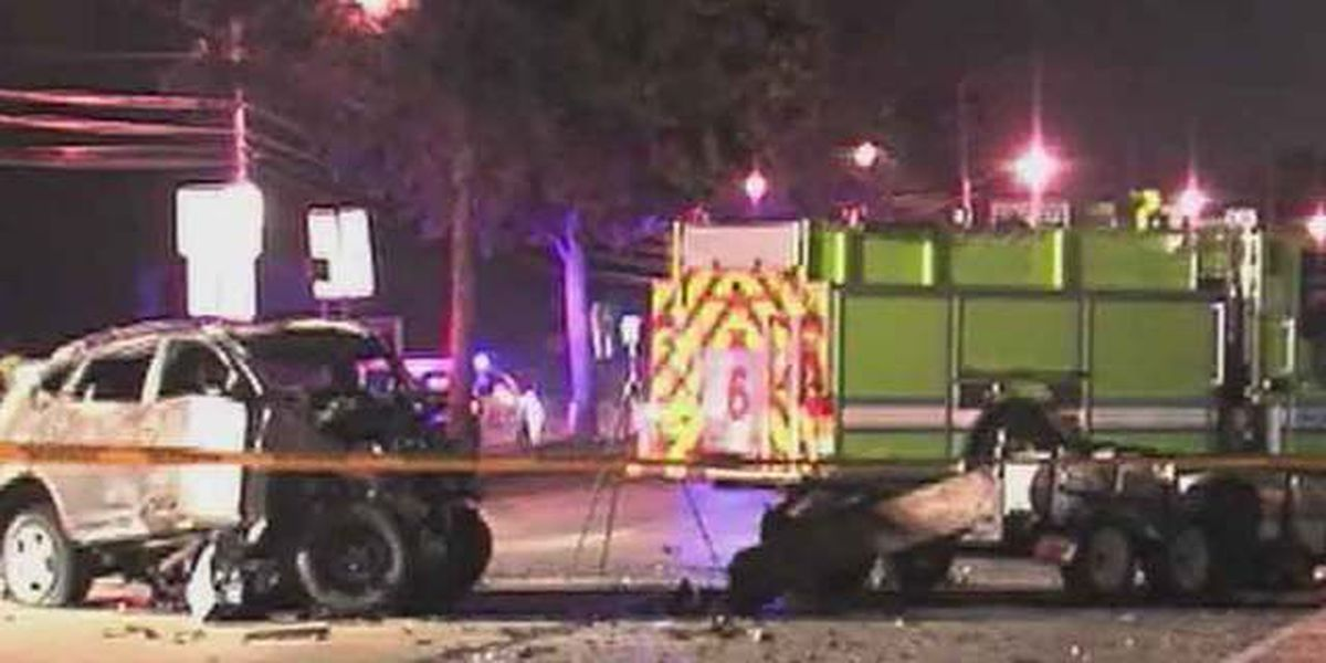 2 killed in crash on Northlake Boulevard in Palm Beach
