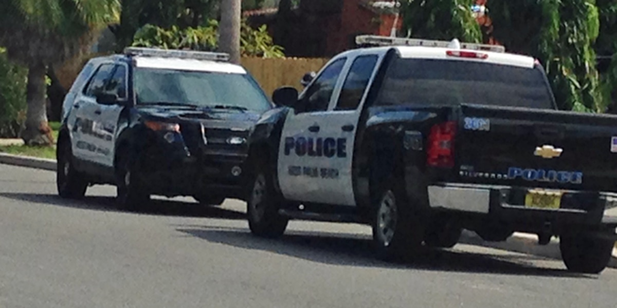 Driver accused of hitting unmarked patrol cars arrested by West Palm Beach police